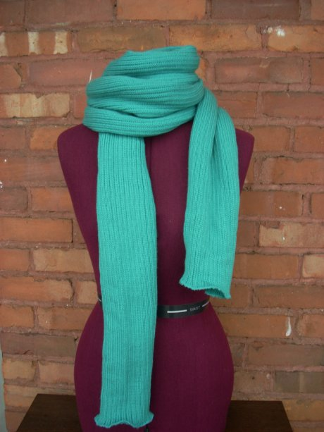 Knitted Picton Flavored Scarf