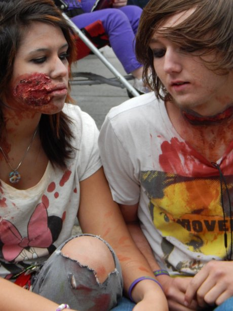 Zombie teenage love